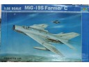 TRUMPETER 小號手 MiG-19S Farmer C 1/32 NO.02207